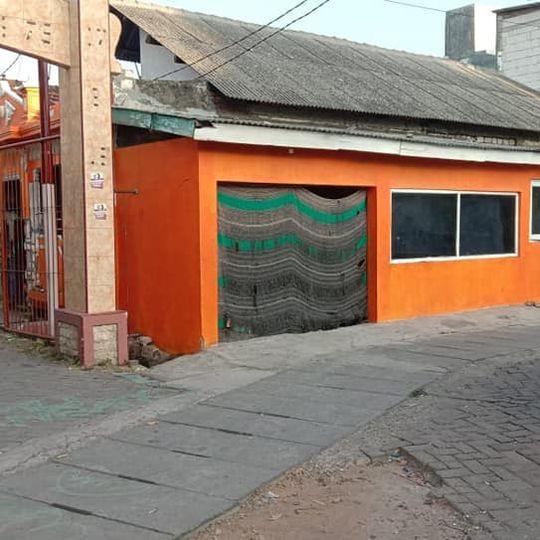 Jual rumah surabaya barat